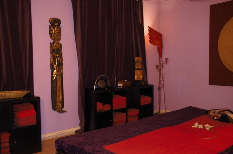 Lila Raum - Maitri Tantra Lounge